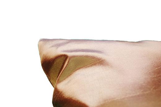 タイシルク クッションカバー  フラワー デザイン ゴールド 【Flower Design , Gold】 45×45cm 対応の商品画像07
