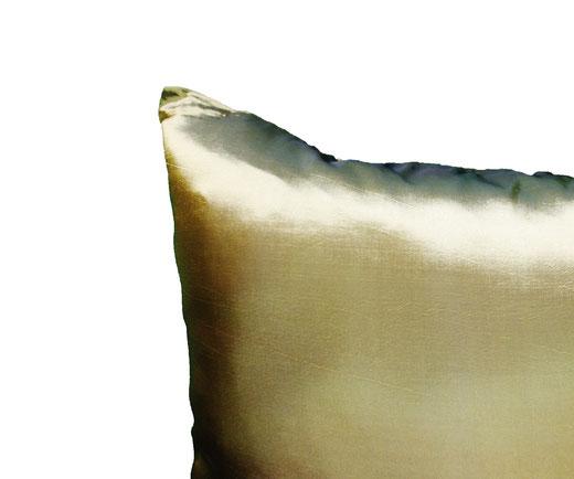 タイシルク クッションカバー  フラワー デザイン グリーン 【Flower Design , Green】 45×45cm 対応の商品画像05