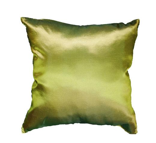 タイシルク クッションカバー  スクリュー デザイン グリーン 【Screw Design , Green】 45×45cm 対応の商品画像05