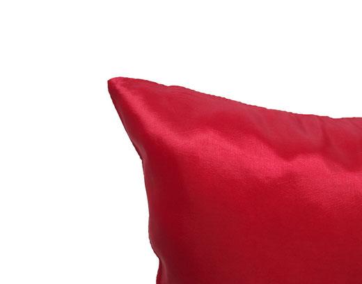 タイシルク クッションカバー  シンプル デザイン レッド 【Simple Design , Red】 の商品画像02