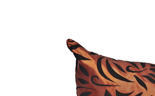 タイシルク クッションカバー  バンコク リーフ デザイン  ブロンズ   【Bangkok Leaf Design , Bronze】 45×45cm 対応 03