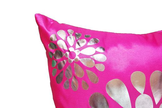 タイシルク クッションカバー  フラワー デザイン ピンク 【Flower Design , Pink】 45×45cm 対応の商品画像03