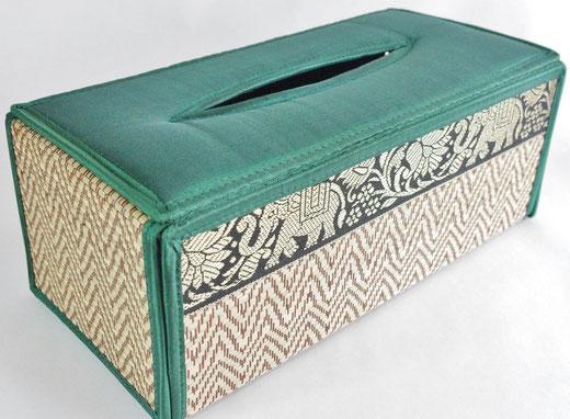 タイシルク(絹) ティッシュボックスケース エメラルドグリーン 緑色 商品写真01 [タイ雑貨 アジアン雑貨 インテリア タイ旅行おみやげ]