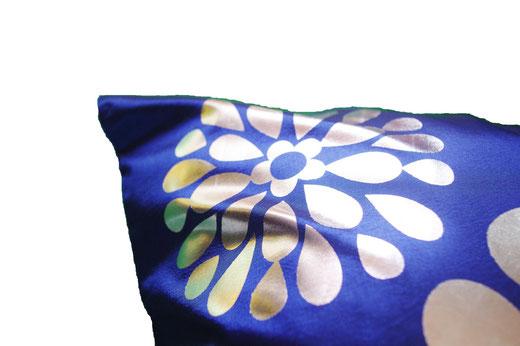 タイシルク クッションカバー  フラワー デザイン ブルー 【Flower Design , Blue】 45×45cm 対応の商品画像04