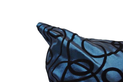 タイシルク クッションカバー  インフィニティ デザイン ターコイズ ブルー 【Infinity Design , Turquoise Blue】 の商品画像02