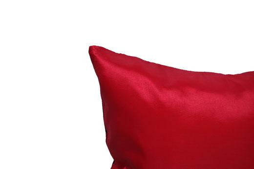 タイシルク クッションカバー  インフィニティ デザイン レッド 【Infinity Design , Red】 の商品画像04