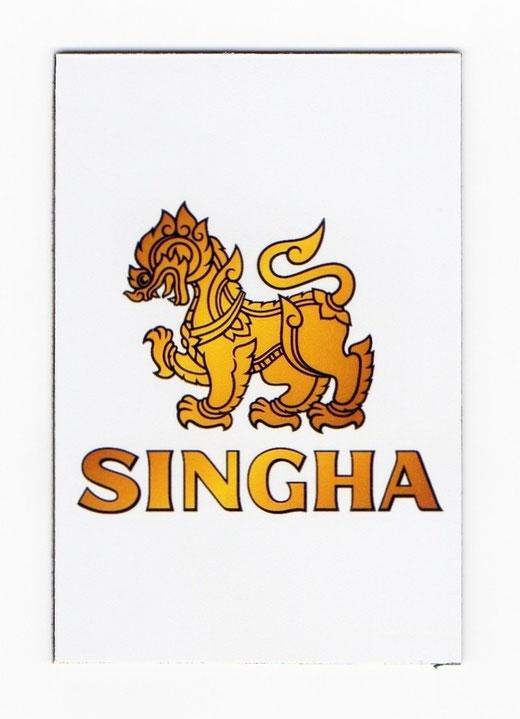 シンハー ビール マグネット type A(ホワイト×縦タイプ) 1枚 【タイ雑貨 Thailand SHINGHA Beer Magnet】の商品画像01