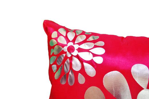 タイシルク クッションカバー  フラワー デザイン レッド 【Flower Design , Red】 45×45cm 対応の商品画像03