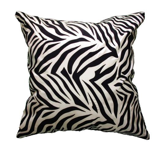 タイシルク クッションカバー  ゼブラ デザイン ホワイト 【Zebra Design , White】 45×45cm 対応の商品画像01