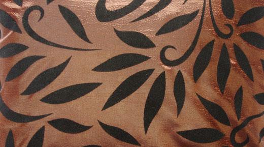 タイシルク クッションカバー  バンコク リーフ デザイン  ブラウン   【Bangkok Leaf Design , Brown】 45×45cm 対応 02