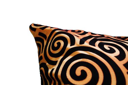 タイシルク クッションカバー  スクリュー デザイン オレンジ 【Screw Design , Orange】 45×45cm 対応の商品画像04