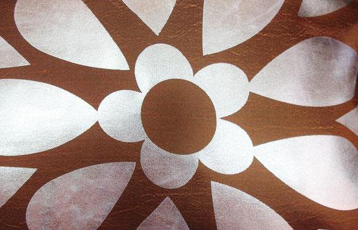 タイシルク クッションカバー  フラワー デザイン ゴールド 【Flower Design , Gold】 45×45cm 対応の商品画像02