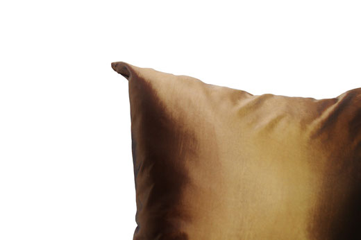 タイシルク クッションカバー  シンプル デザイン ゴールド 【Simple Design , Gold】 の商品画像02