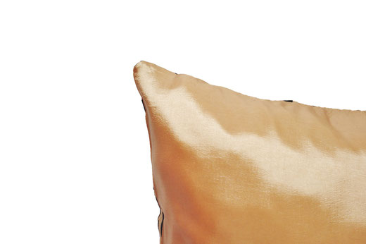タイシルク クッションカバー  バンコク リーフ デザイン  ゴールド   【Bangkok Leaf Design , Gold】 45×45cm 対応 05