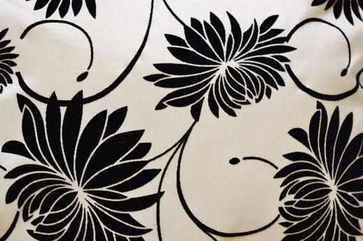タイシルク クッションカバー  ロータス デザイン パール ホワイト 【Lotus Design , Pearl White】 45×45cm 対応 02