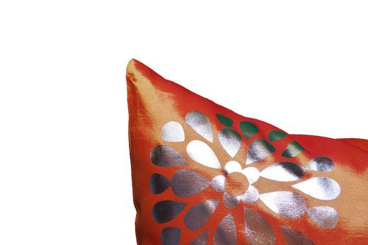 タイシルク クッションカバー  フラワー デザイン オレンジ 【Flower Design , Orange】 45×45cm 対応の商品画像02