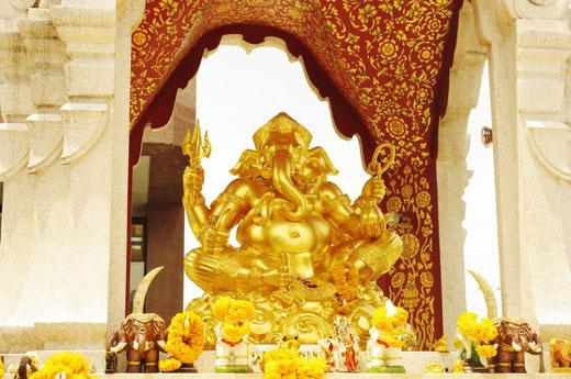 バンコク ガネーシャ神 写真