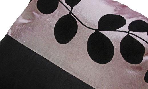 タイシルク クッションカバー  リーフ デザイン シルバー 【Leaf Design , Silver】 45×45cm 対応の商品写真03
