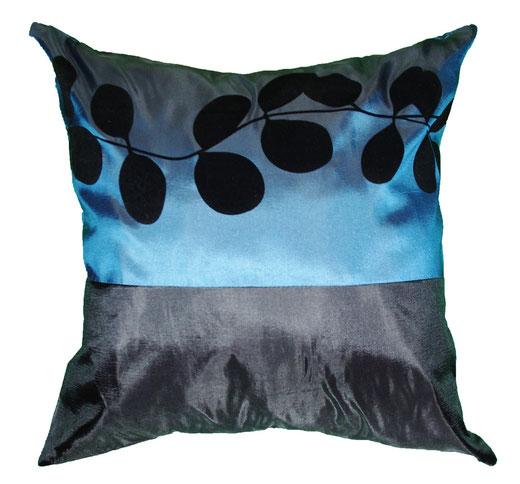 タイシルク クッションカバー  リーフ デザイン ターコイズブルー 【Leaf Design , Turquoise Blue】 45×45cm 対応の商品写真01