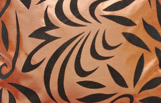 タイシルク クッションカバー  バンコク リーフ デザイン  ブロンズ   【Bangkok Leaf Design , Bronze】 45×45cm 対応 02