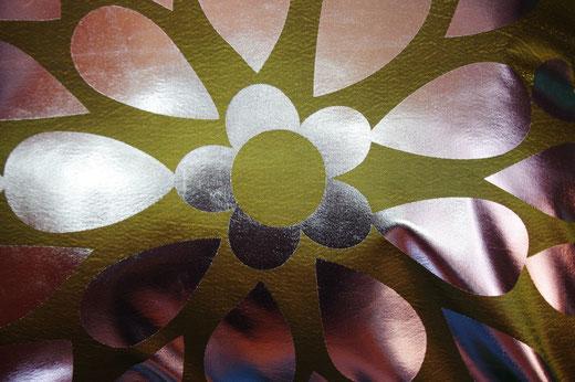 タイシルク クッションカバー  フラワー デザイン グリーン 【Flower Design , Green】 45×45cm 対応の商品画像02