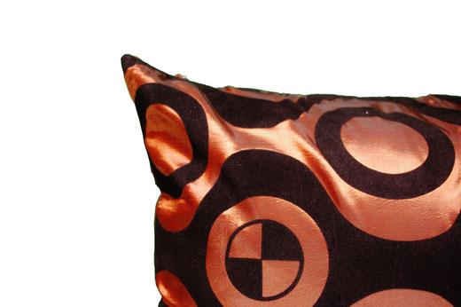 タイシルク クッションカバー  チェッカーデザイン ブロンズ 【Checker Design , Bronze】 45×45cm 対応の商品画像04