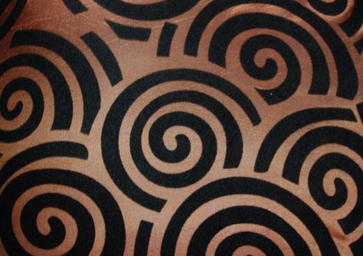 タイシルク クッションカバー  スクリュー デザイン ブラウン 【Screw Design , Brown】 45×45cm 対応の商品画像02
