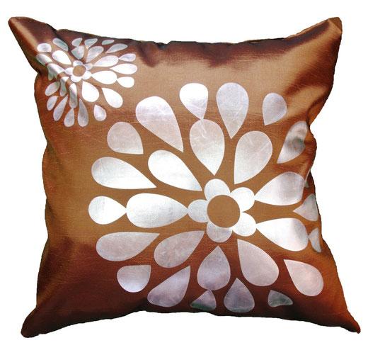タイシルク クッションカバー  フラワー デザイン ゴールド 【Flower Design , Gold】 45×45cm 対応の商品画像01