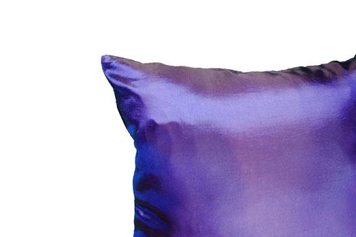 タイシルク クッションカバー  スクリューデザイン ブルー 【Screw Design , Blue】 45×45cm 対応の商品画像06