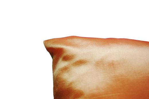 タイシルク クッションカバー  ゴールドリング デザイン オレンジ 【Gold Ring Design , Orange】 45×45cm 対応の商品画像07