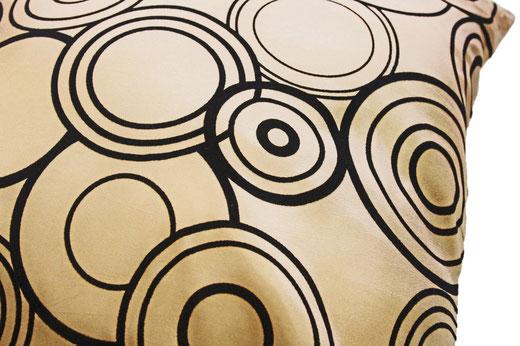 タイシルク クッションカバー  リングデザイン ゴールド 【Ring Design , Gold】 45×45cm 対応の商品写真03