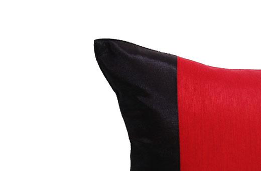 タイランド クッションカバー チェンマイ デザイン レッド × ブラック 【Chiang Mai Design , Red × Black】 40×40cm の商品画像02