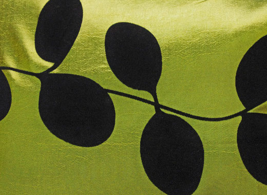 タイシルク クッションカバー  リーフ デザイン グリーン 【Leaf Design , Green】 45×45cm 対応の商品写真02