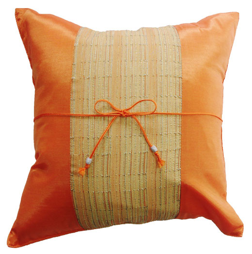 クッションカバー チェンマイ デザイン オレンジ 【Chiang Mai Design , Orange】 40×40cm の商品画像01