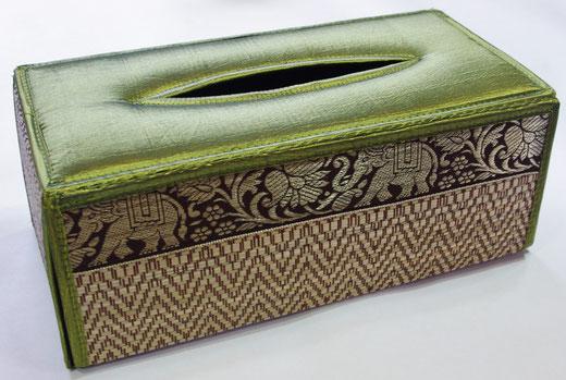 タイシルク(絹) ティッシュボックスケース ライトグリーン 黄緑色 商品写真01 [タイ雑貨 アジアン雑貨 インテリア タイ旅行おみやげ]