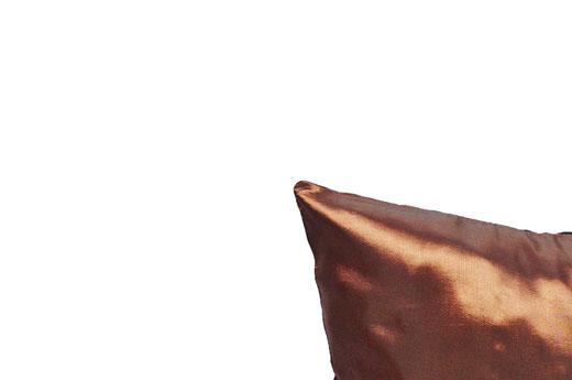 タイシルク クッションカバー  バンコク リーフ デザイン  ブラウン   【Bangkok Leaf Design , Brown】 45×45cm 対応 05
