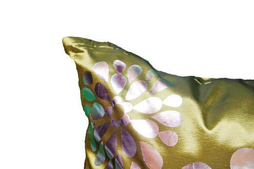 タイシルク クッションカバー  フラワー デザイン グリーン 【Flower Design , Green】 45×45cm 対応の商品画像03