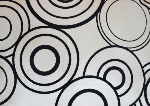 タイシルク クッションカバー  リングデザイン パールホワイト 【Ring Design , Pearl White】 45×45cm 対応の商品写真05