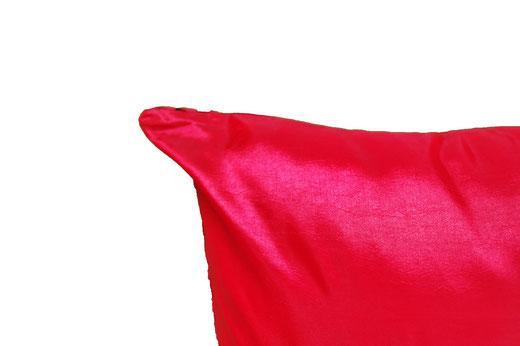 タイシルク クッションカバー  スクリュー デザイン レッド 【Screw Design , Red】 45×45cm 対応の商品画像07