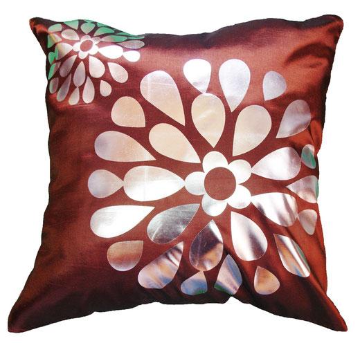 タイシルク クッションカバー  フラワー デザイン ブラウン 【Flower Design , Brown】 45×45cm 対応の商品画像01