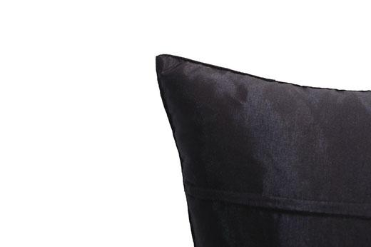タイランド クッションカバー チェンマイ デザイン ホワイト × ブラック 【Chiang Mai Design , White × Black】 40×40cm の商品画像04