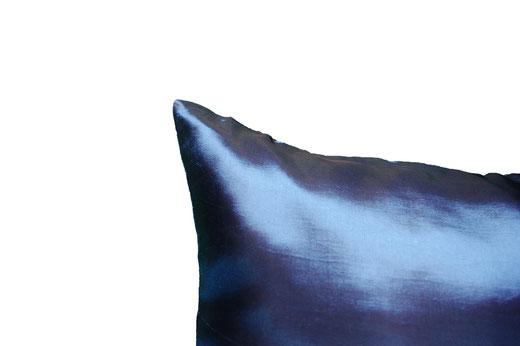 タイシルク クッションカバー  フラワー デザイン ネイビー 【Flower Design , Navy】 45×45cm 対応の商品画像06