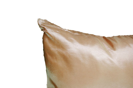 タイシルク クッションカバー  スクリュー デザイン ゴールド 【Screw Design , Gold】 45×45cm 対応の商品画像06