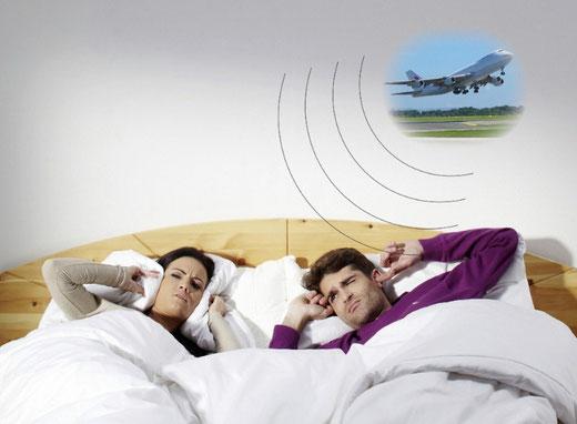 Lassen Sie sich nicht länger vom Fluglärm am Morgen nerven. WINFLIP schließt das Fenster vorher. Kein Stromanschluss notwendig und die Batterie hält über 10 Jahre!
