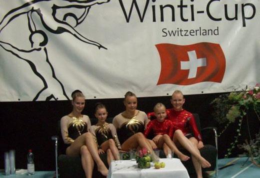 Winti Cup 2012 in der Schweiz (Verena Götz, Denise Huberth, Magdalena Roppelt, Juliette Trzewik, Gloria Leuschner)