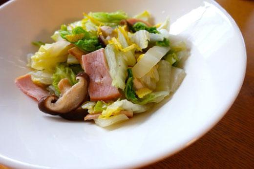 白菜ときのこのフライパン蒸し
