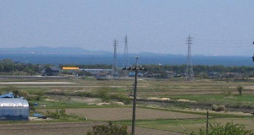 冨貴(ふき)地区の風景ーー広がる田畑と三河湾を望む(2013年4月)