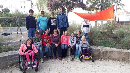 Die Klassen- bzw. Stufensprecher/-innen der Wartbergschule mit der SV-Lehrerin Frau Abel.