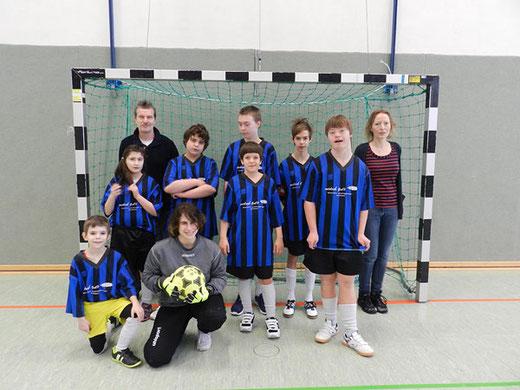 Die Fußballmannschaft der Wartbergschule 2016 beim Fußballturnier in Friedberg