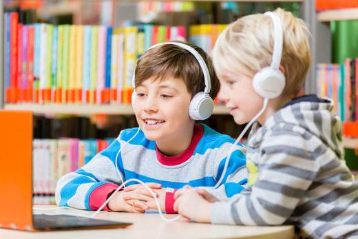 Die Soziallotterie Bildungslotterie freiheit+ fördert schwerpunktmäßig auch Bildungsprojekte zugunsten von Kindern und Jugendlichen.